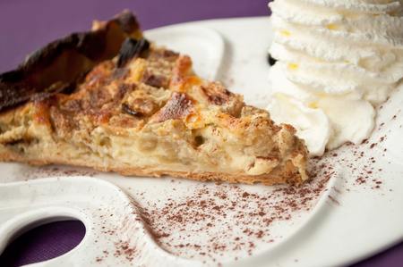 chantilly: apple pie and chantilly cream