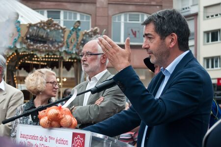 traditinal: MULHOUSE - France - 12 September 2015 - Jean Rottner mayor of Mulhouse speech in the traditinal onion party