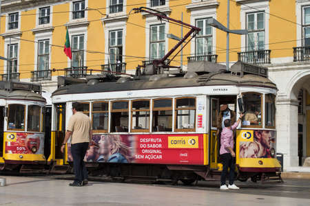 Lisbon - Portugal - 30 September 2020 - view of the famous vintage tramway parked in the street  at the commerce square 新聞圖片