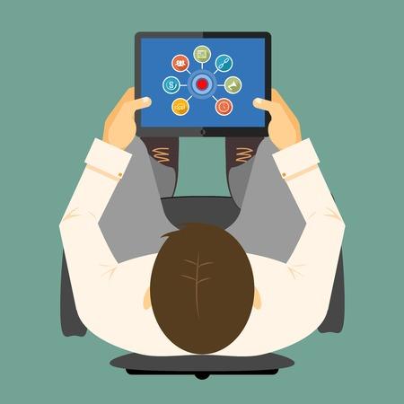 hub: Infographie SEO sur un ordinateur tablette avec un tableau li� autour d'un moyeu visible sur l'�cran d'un ordinateur de poche dans les mains d'un homme vu de t�te illustration vectorielle