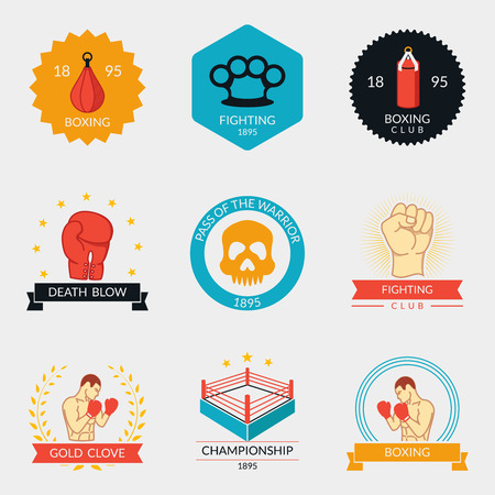 violencia: Etiquetas de artes marciales e insignias. Símbolo del boxeo, campeón deportista, luchador mixta, ponche y el guante. Ilustración vectorial