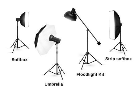 aparatos electricos: Estudio aparatos de iluminación aislados sobre fondo blanco. Proyector y lámpara, flash y fotográfico profesional de la tecnología, ilustración vectorial