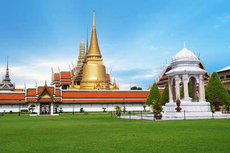 krung: Temple of the Emerald Buddha  or Wat Phra Kaew in Bangkok, Thailand