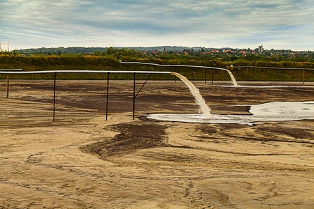 assert: Toxic water stems from the pipe polluting the lake