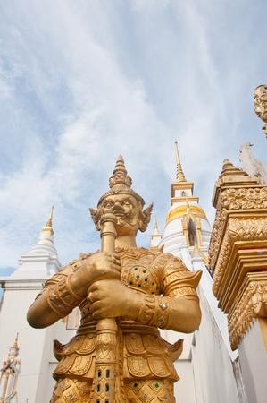 thai giant statue Stock Photo - 11361121