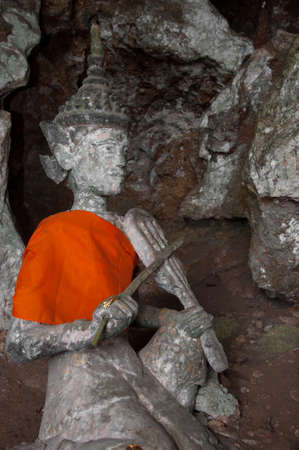 ancient buddha statue in yala cave temple, thailand Stock Photo - 11365692