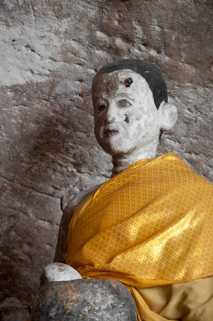 ancient buddha statue in yala cave temple, thailand Stock Photo - 11363162