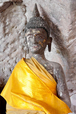 ancient buddha statue in yala cave temple, thailand Stock Photo