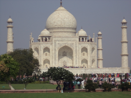 Taj Mahal view with people from sides