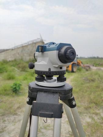 Autolevel Levelling instrument in field Surveyor's instrument Civil Engineering Stock fotó