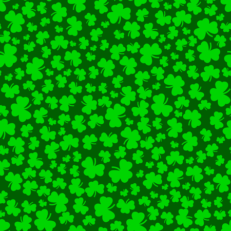 threeleaf: Clover seamless pattern in green colors. Pattern with shamrock. St. Patricks Day clover endless repeat backdrop, texture, wallpaper. Luck symbol backdrop. Stock vector Illustration