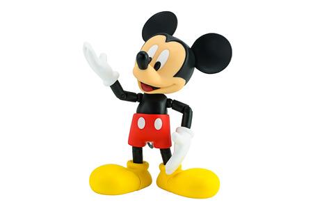 raton caricatura: Bangkok, Tailandia - 05 de enero 2015: Mickey Mouse figura de acción de los personajes de Disney. Este personaje de Mickey mouse y amigo serie de animación.