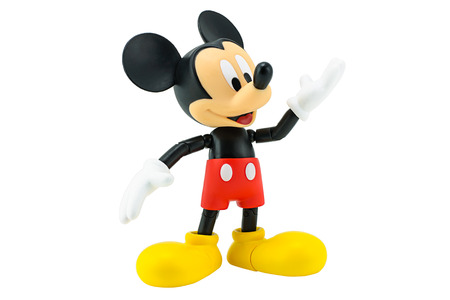 mysz: Bangkok, Tajlandia - 05 stycznia 2015: Myszka Miki Figurka z Disney charakteru. To postać z Myszką Miki i przyjaciel serii animacji.