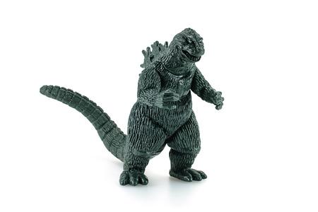 juguetes: Bangkok, Tailandia - 26 de abril de 2015: Godzilla Rey de la figura de juguete Monsters. Godzilla es un monstruo gigante o daikaiju procedentes de una serie de pel�culas tokusatsu del mismo nombre desde Jap�n