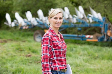 young farmer: Portrait of young farmer