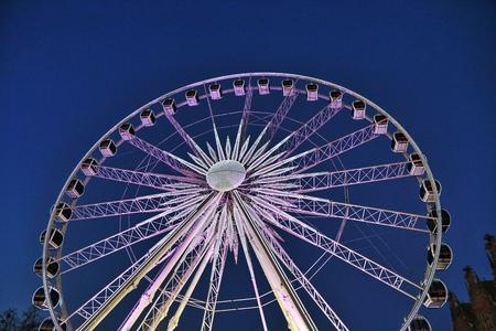 Ferris wheel in Gdansk by night