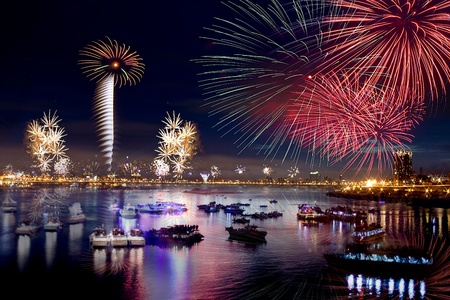 boat party: Fireworks of Taipei city