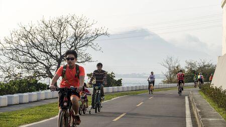 taiwan scenery: Taipei, Taiwan - March 6, 2013 :  Taipei Taiwan scenery along the bike path