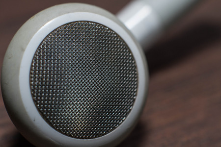 earphone: White Earphone