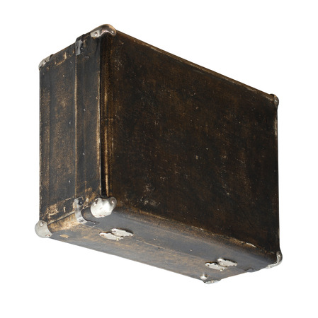 Isolated Scratched Vintage Brown Suitcase sur un fond blanc Banque d'images - 62119626