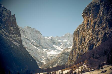 La vallée de lauterbrunnen en suisse Banque d'images - 98383436
