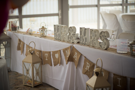 Memorable signs for an unforgettable wedding