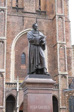 Statue of Hugo Grotius in Delft,  Netherlands Stock Photo - 13376076