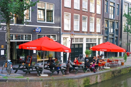 Street cafe in Amsterdam. Netherlands Stock Photo - 15319323