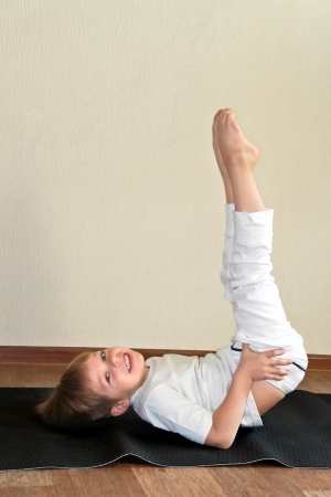 Baby yoga at home  photo