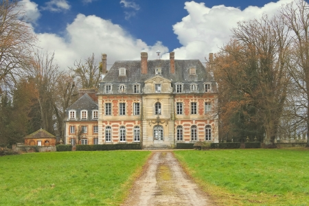 mansion: The old mansion in the park. France Editorial