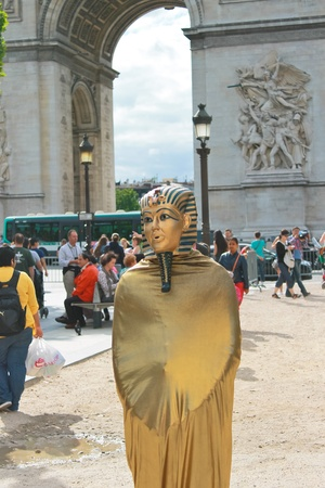 Living statue near the Arc de Triomphe in Paris. France