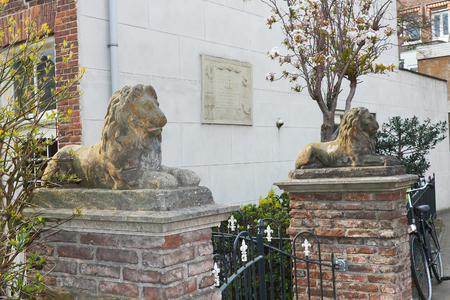 gorinchem: Statues of lions near the house in Gorinchem. Netherlands