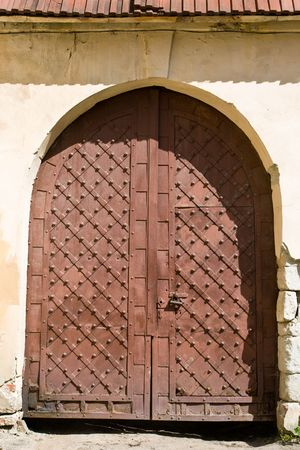 antique keyhole: close-up image of ancient doors