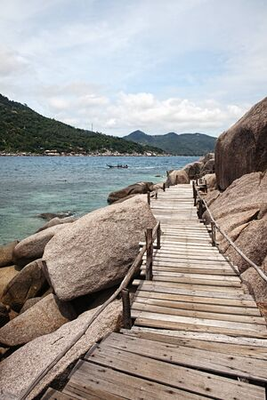 nangyuan: Wooden footbridge at Koh Nangyuan island, Thailand  Stock Photo