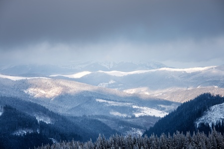Winter mountain valley. Great Smoky Mountain National Park, Tennessee, USA 스톡 콘텐츠