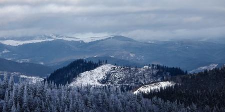 Panorama van de winter bergdal. Great Smoky Mountain National Park, Tennessee, USA