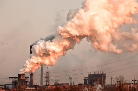 Industrial plant with smoke  Air pollution concept Stockfoto