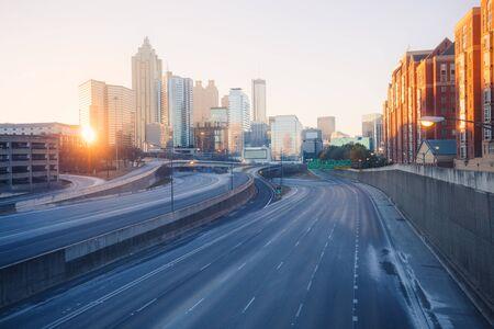 De stad van Atlanta vroege ochtendhorizon, Georgië, de VS