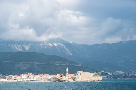 Budva. The old Town. Blue sky over houses Adriatic Sea. Montenegro. Europe. Stockfoto