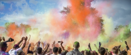색상의 Holi의 축제