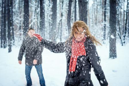 Sneeuwballen gevecht. Stockfoto