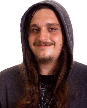plan éloigné: Homme aux cheveux longs