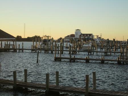 Dock in Ocracoke Harbor Reklamní fotografie