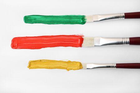 tempera: Painting brushes