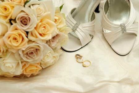 Wedding bouquet,rings & shoes