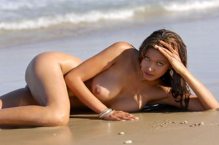 nue plage: Nude beach girl Banque d'images