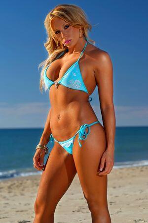 bare girl: Beautiful beach bikini girl