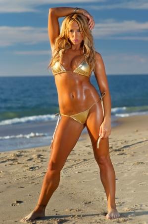 ni�as en bikini: Chica sexy bikini