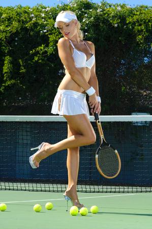 tempting: Sexy tennis girl