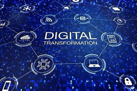 Concetto di tecnologia di trasformazione digitale con icone di cloud computing, dati, computer, database e dispositivi connessi a Internet tramite codice astratto, processi aziendali di gestione del cambiamento